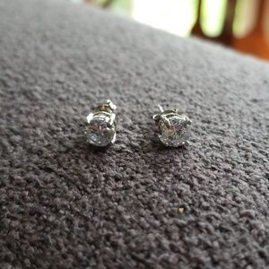 Jewelry - Sterling Cz stud earrings